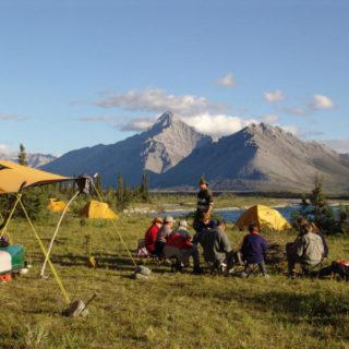 Campinggruppe am Yukon - K. Mercier