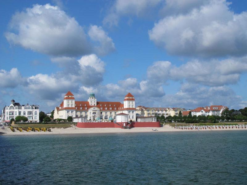 Ostseebad Binz mit Kurhaus - Andrea Paul