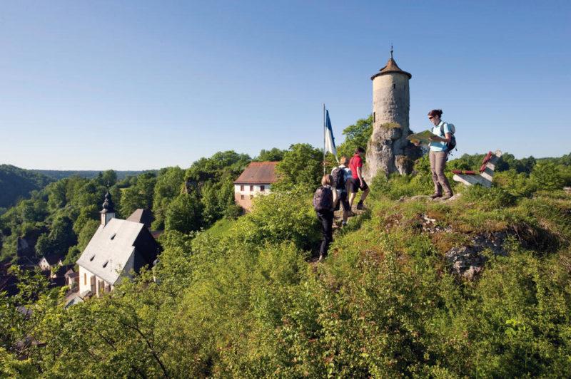 Unterwegs auf der Burgenstrasse bei Pottenstein - Frankentourismus/Hub - ©Frankentourismus/Hub