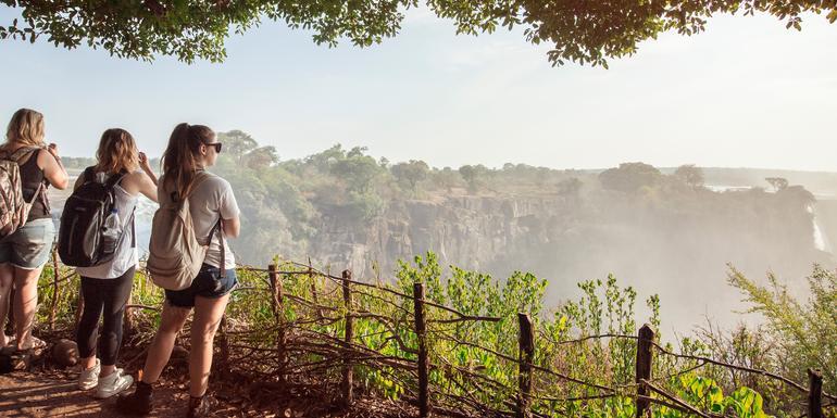 Günstige Botswana Gruppenreisen für 18 - 39 jährige 2019 ab € 3647.0   Erlebnisrundreisen.de
