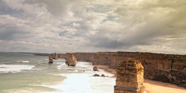 18-to-Thirtysomethings-Great-Ocean-Road-East-Adelaide-to-Melbourne