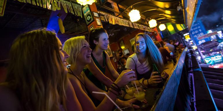 Günstige Kambodscha Gruppenreisen für 18 - 39 jährige 2019 ab € 1639.0 | Erlebnisrundreisen.de