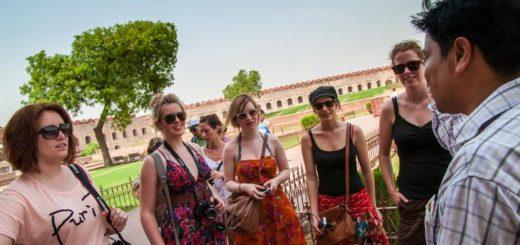Günstige Indien Gruppenreisen für 18 - 39 jährige 2019 ab € 664.0 | Erlebnisrundreisen.de