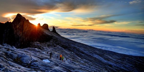 Classic-Highlights-of-Sabah-Mt-Kinabalu