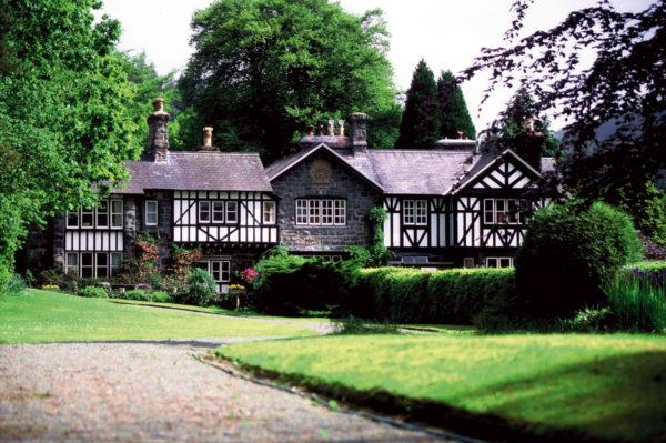 Dr.-Tigges-Studienreise-Mittelengland-─-Cottage-Parks-und-Landschaftsgärten