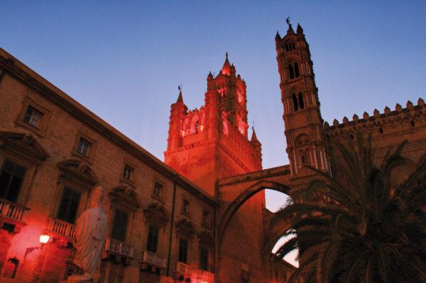 Dr.-Tigges-Studienreise-Siziliens-Höhepunkte-zwischen-Palermo-und-Ätna