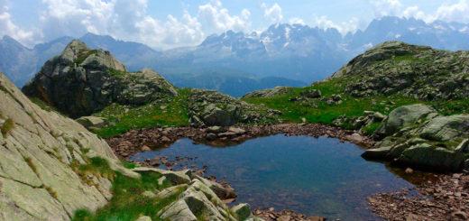 Seenlandschaft in den Brenta-Dolomiten - Ralph Krüger