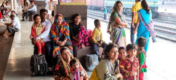 Zugfahrt nach Agra