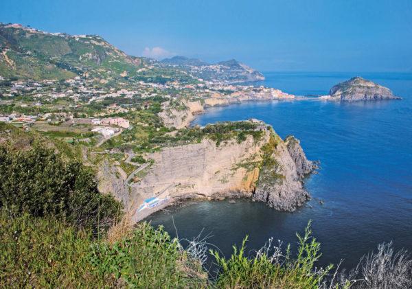 Ischia: Südküste mit Sorgeto-Bucht und Sant'Angelo - Gerd Thiel