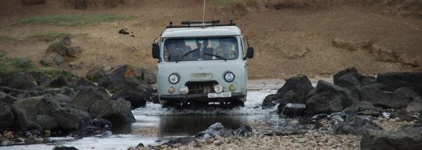 MN-Jeep-Pferd-Kamel-Mongolei-erleben-10
