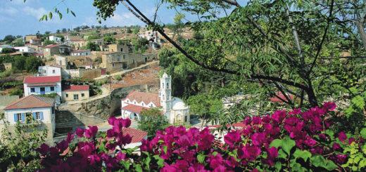 Blick auf Tochni - Cyprus Villages