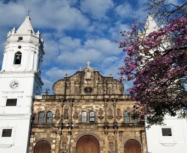 Wunderschöne Kathedrale in Panama City