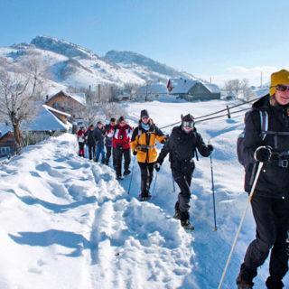 Schneeschuhwanderung in Rumänien - Slowly Planet