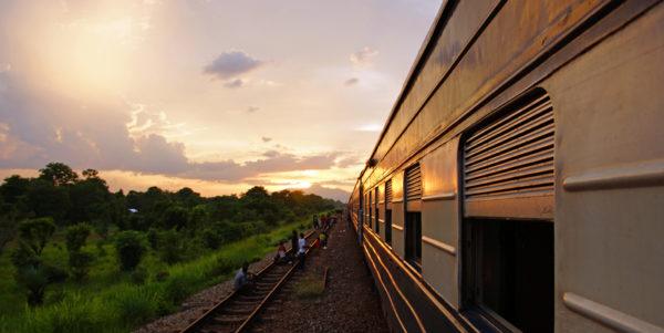 Zugfahrt durch das Selous-Reservat in Tansania Rundreise Tansania 2019| Erlebnisrundreisen.de