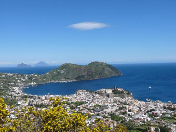 Blick auf Lipari-Stadt - Daniela Feldmann