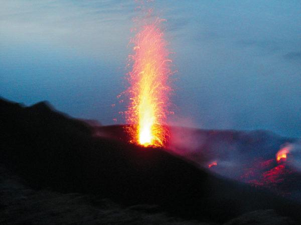 Eruption auf Stromboli - Wolfgang Schwartz