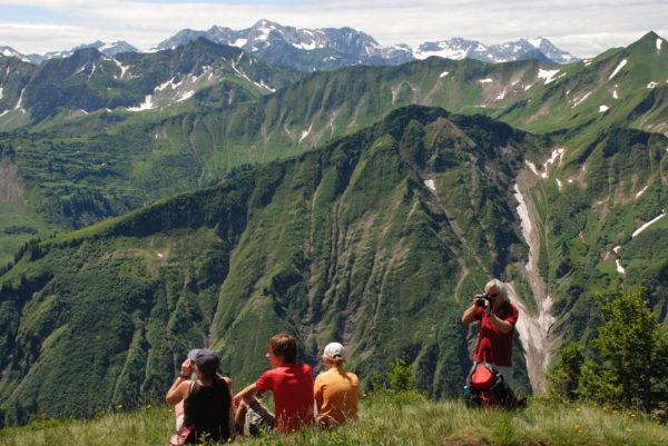 Gipfelpause auf dem Muttelbergkopf (1.989 m) Kleinwalsertal - Gerd Thiel