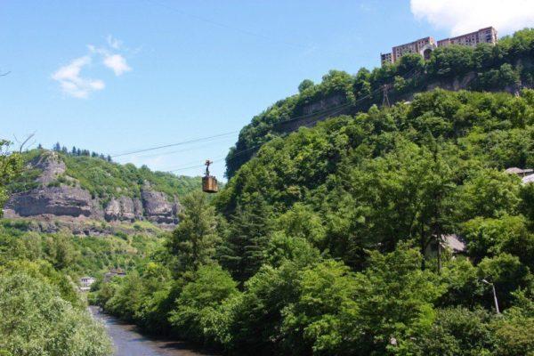 Seilbahnen in der alten Bergbaustadt Chiatura