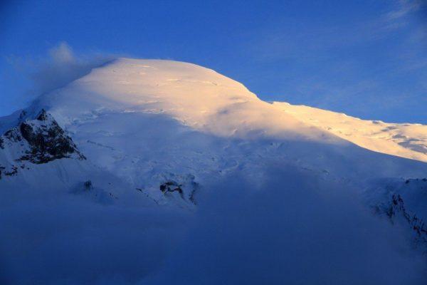 Der Kedar Dome (6831m) bei Sonnenuntergang