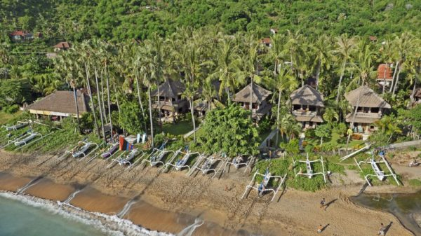Coral View Villas direkt am Strand von Amed