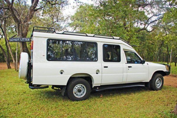 Safarifahrzeug für die Reise