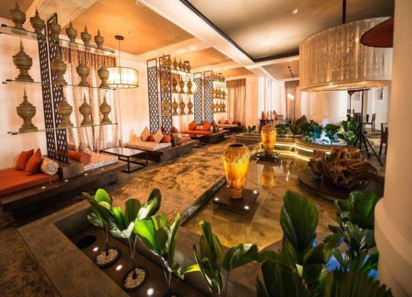 Rose Garden Hotel Lounge