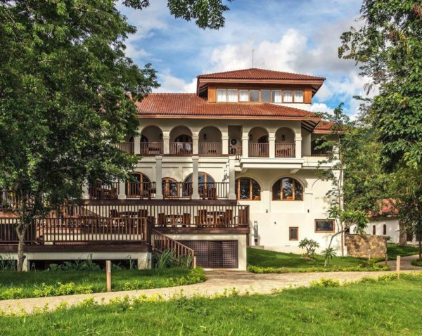 Sanctum Inle Resort – Haupgebäude mit Restaurant