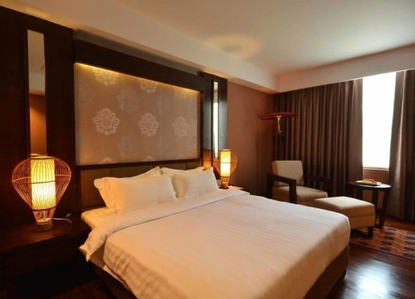 Rose Garden Hotel Superior King Zimmer