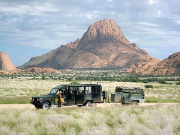 Die Weite Namibias genießen