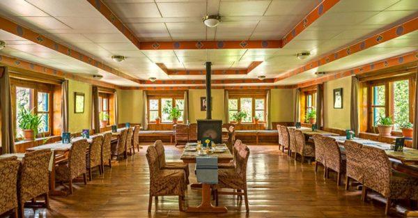 Speisesaal der Everest Summit Lodge in Monjo