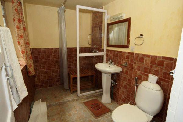 Yeti Mountain Home Phakding – Badezimmer