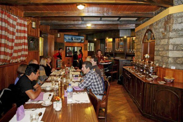 Yeti Mountain Home Phakding – Restaurant