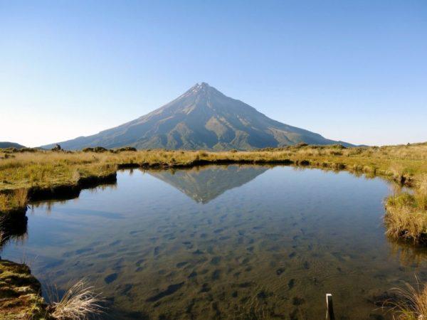 Der erloschene Vulkan Taranaki auf der Nordinsel
