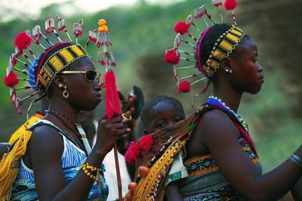 Frauen in traditioneller Tracht