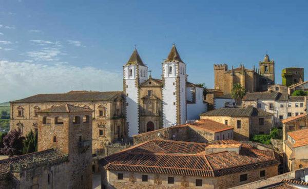 Blick auf Cáceres - Extremadura Tourist Board - © Extremadura Tourist Board