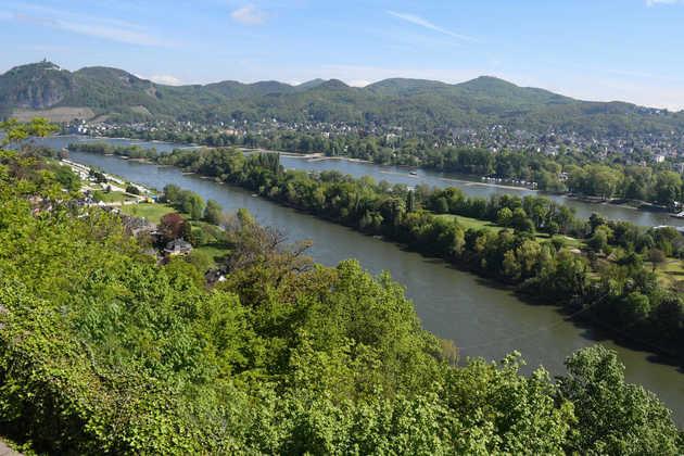 Blick vom Rolandsbogen auf das Siebengebirge - Gerd Thiel
