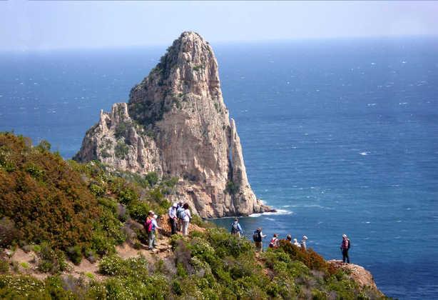 Felsnadel Pedra Longa Ostküste Sardinien - Beate Goj