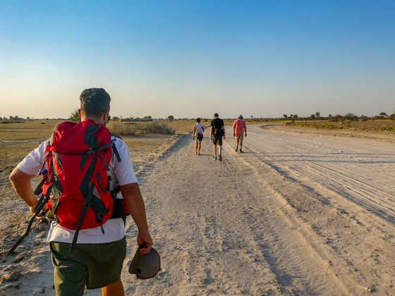 Kleine Wanderung bei Rundu - Lena Bohndorf