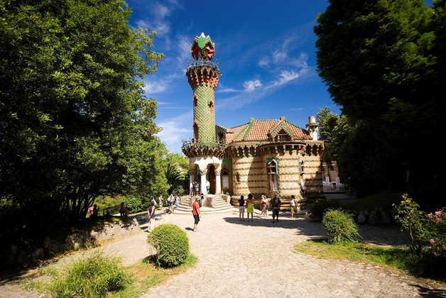 El Capricho de Gaudi - - © Turespaña