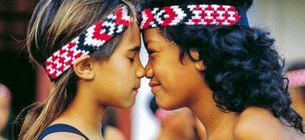 Zwei Maori-Kinder