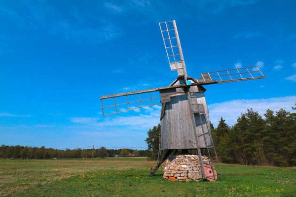 Windmühle auf der Insel Saaremaa - Rattareisid