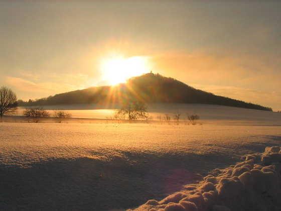 Landeskrone im Winter - Roswitha Henning