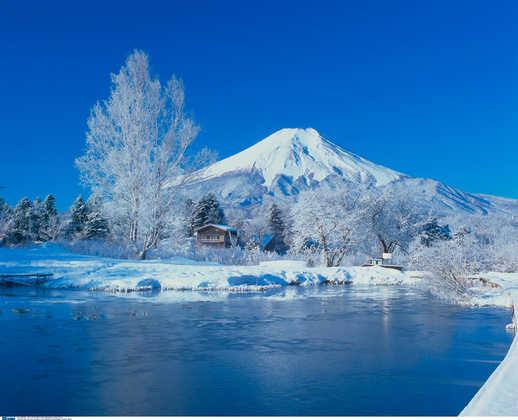 Wintermärchen am Fuji - JF Tours