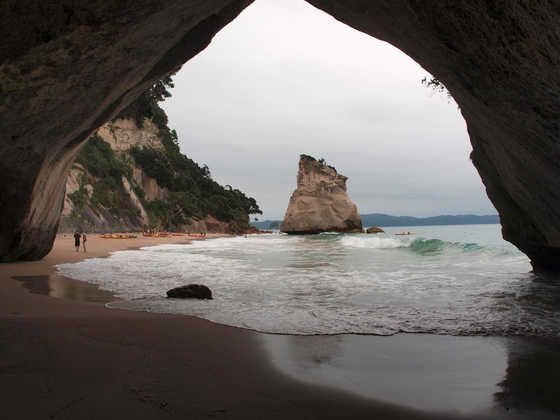 Cathedral Cove - Alexander Huhle