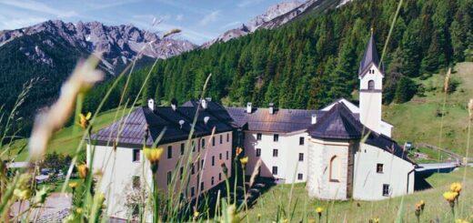 Alpenüberquerung am Romediusweg von Innsbruck ins Südtiroler Passeiertal Gruppenreise 2020/2021 Alpen