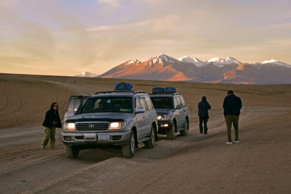 Schneebedeckte Vulkane im Altiplano