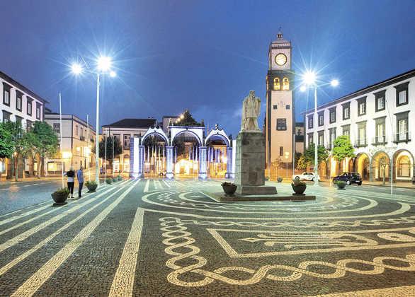 """Platz """"Gonçalo Velho"""" in Ponta Delgada - Gustav / Associação Turismo dos Açores (ATA) - © Gustav / ATA"""