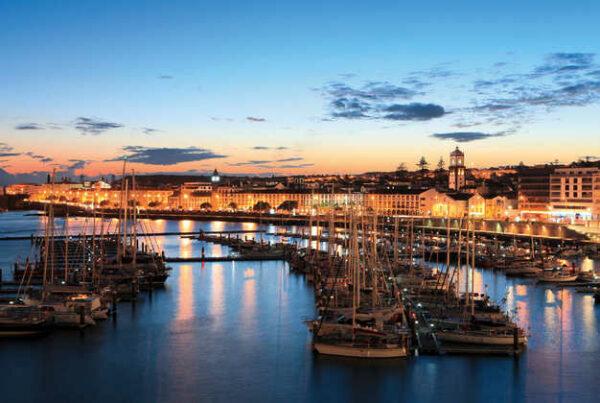 Die Marina von Ponta Delgada - Gustav / Associação Turismo dos Açores (ATA) - © Gustav / ATA