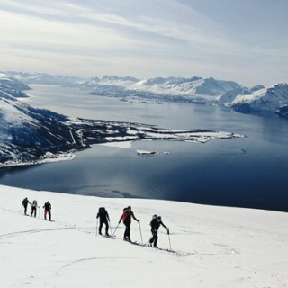 Norwegen - Skitouren in den Lyngen Alpen und rund um Tromsø Gruppenreise 2020/2021 Fjordnorwegen