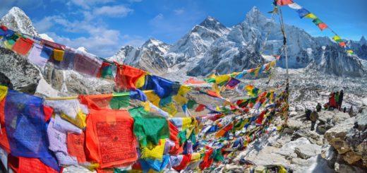 Blick auf Nuptse und Mount Everest vom Kala Pattar 2021 | Erlebnisrundreisen.de